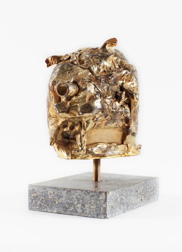 JONATHAN MEESE DAS GOLDENE SCHWEINDERLIN DE LARGE (FELDSTECHERZ), 2007 - 2017 bronze, gold patina 35 x 18 x 24 cm edition of 3 and 1 A.P.