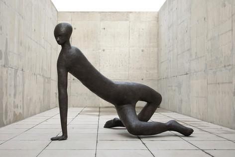 HENK VISCH Subterranean man, 2015 bronze 160 x 210 x 170 cm edition of 2 and 1 A.P.