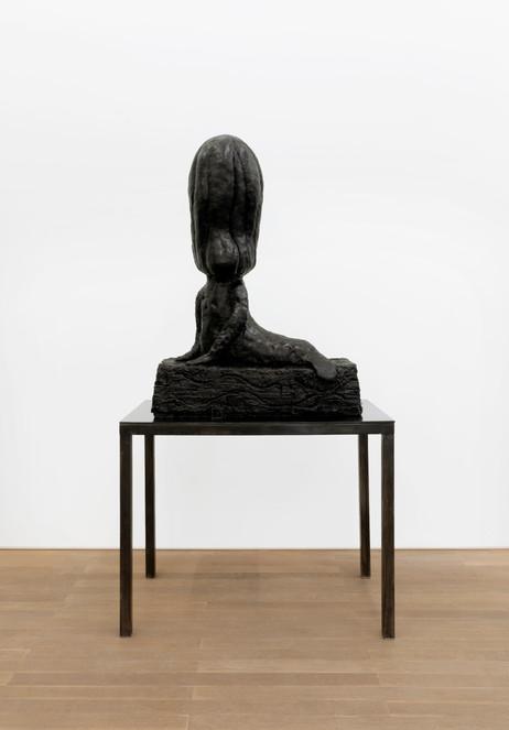 EDWARD LIPSKI Mermaid, 2020 rubber, steel 112 x 80 x 35 cm (sculpture), 81 x 101 x 55 cm (plinth)