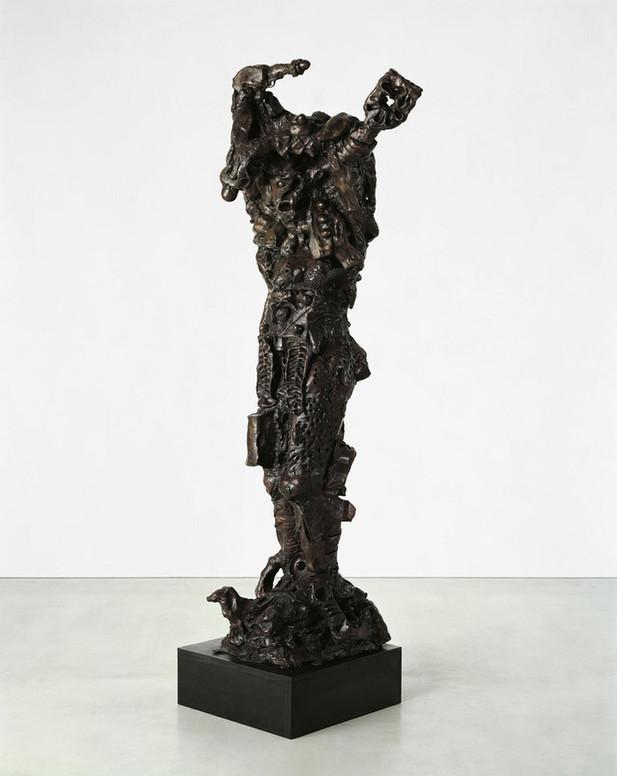 JONATHAN MEESE DIE KÄMPFERIN de Large  (KRIEMHILD de Stehender PUPPE, wie Burgfräulein Oktnpussy), 2008 bronze 253 x 120 x 80 cm edition of 3 and 1 A.P.