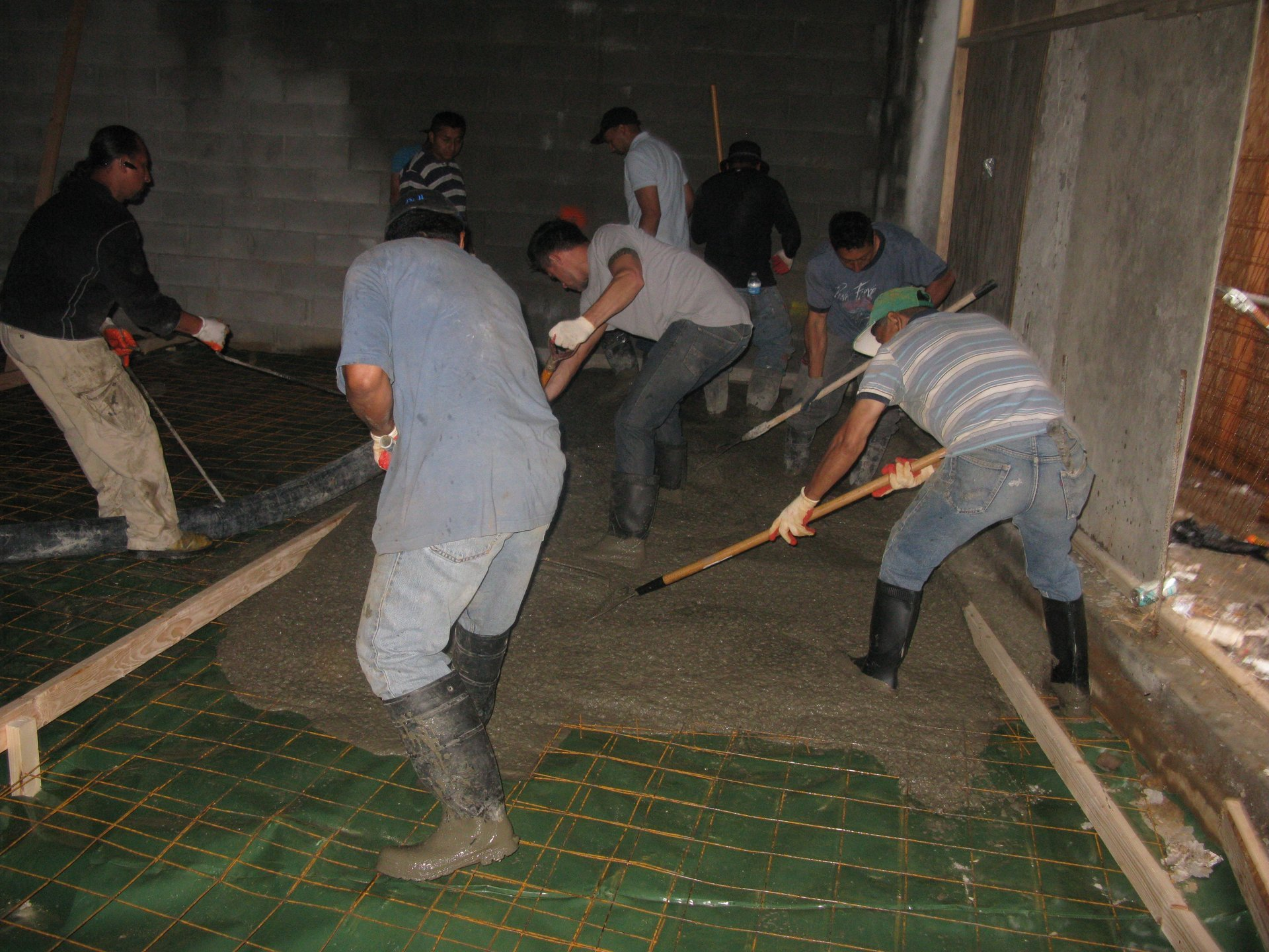 Pouring concrete floors in Queens