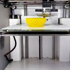 ultimaker%2520with%2520yellow%2520vase_e