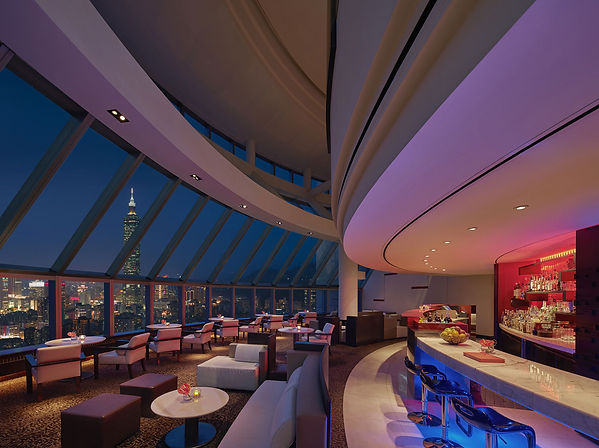 Shang-Marco-Polo-Lounge-night-view.jpg