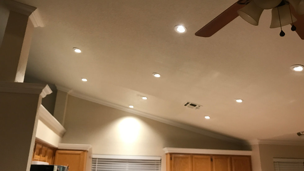 4 New Recessed lights Whit a Dimer Switch Installed