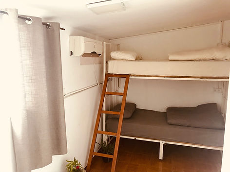 private-room-2-beds.jpg