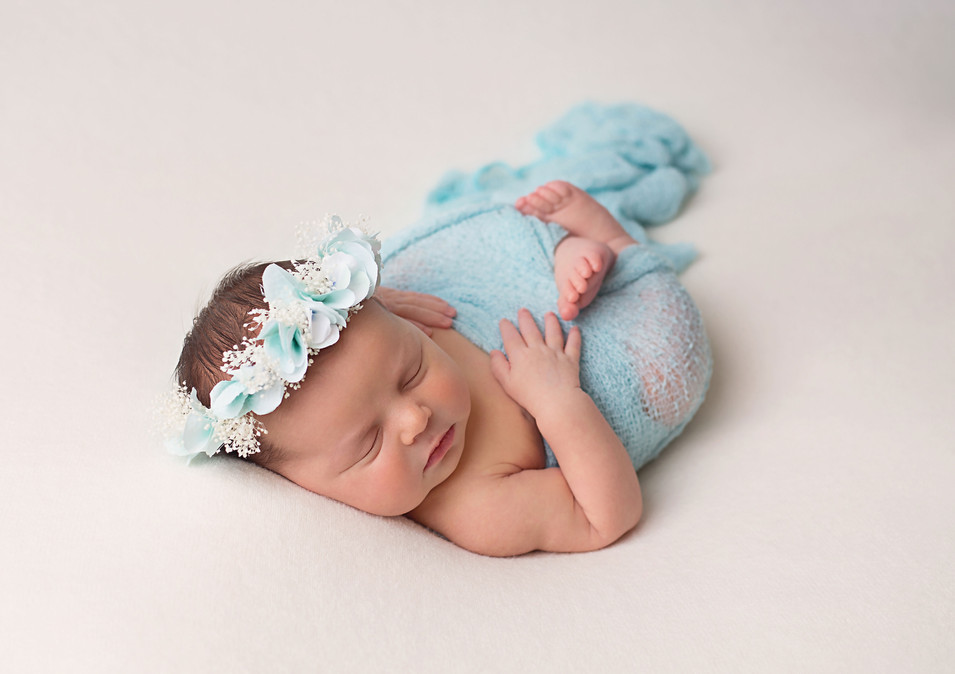 Newborn Photograph Yanchep Alkimos Butler Clarkson Quinns Rocks Two Rocks Mindarie Iluka Burns Beach Ocean Reef Kinross Sorrento Hillarys Padbury Scarborough Perth Woodvale Greenwood