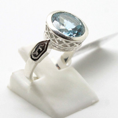 Sterling silver  faceted Blue Topaz Filigree ring