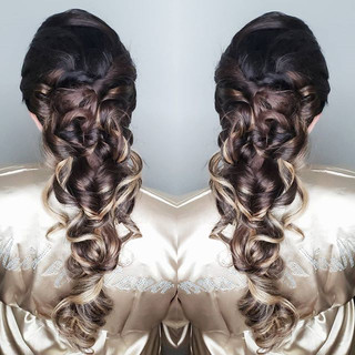 For this #bridesmaidhairstyle I did a pu