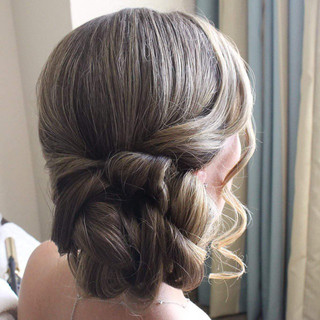 Bridesmaid's updo #wedding #weddinghair