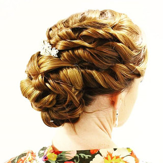 Stephanie's wedding hairstyle {5•19•18}