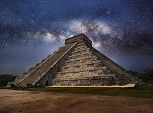 Mayan pyramid of Kukulcan El Castillo in