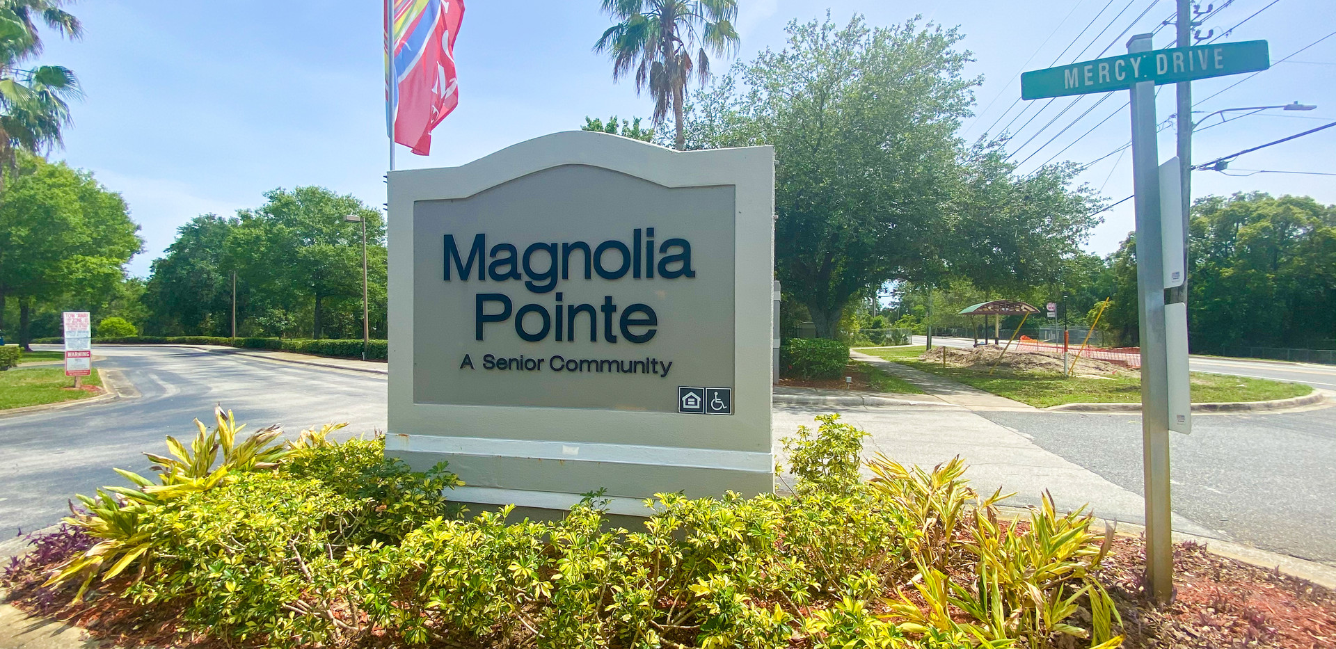 Magnolia Pointe welcome sign