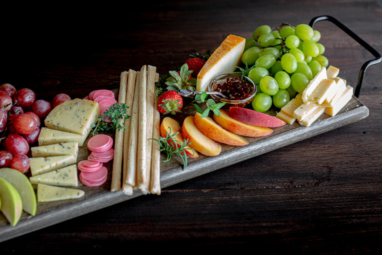 Food photography of a beautiful chees platter