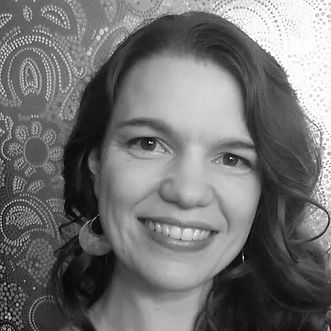 Rebecca Ruhd portrait.jpg