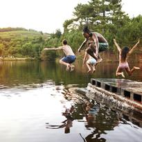 Kinderen duik in het Lake