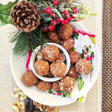 Gingerbread energy bites 2.jpg