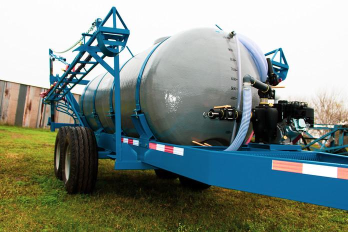 header.tank.trailer.01.jpg