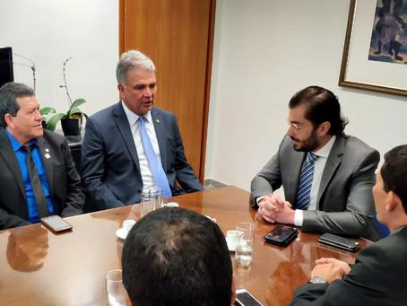 Petecão recebe presidente do FNDE e solicita pagamento de verbaspara escolas e creches no Acre