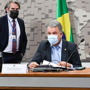 Petecão aprova projeto que isenta a cobrança de IPI para mototaxista e pessoa com deficiência
