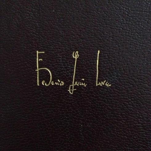 A assinatura dele