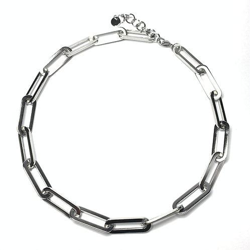 Art. 724 chain