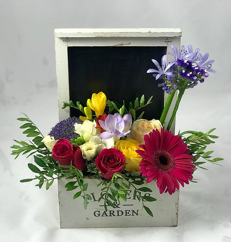 Subscription flowers - Seasonal chalk-board gift