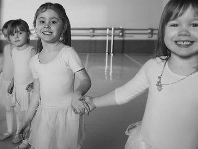 Forever_Dance_Academy-640x480.jpeg