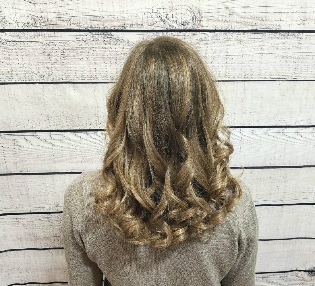 Full head natural balayage