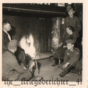 Heer Grenadiers & Family Around A Roaring fire