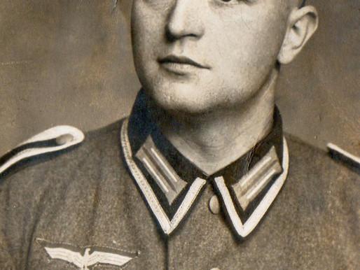 A Close Up Studio Portrait Of A Heer Unteroffizier