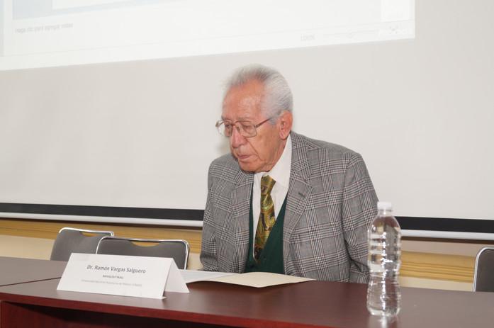 Conferencista Magistral Dr. Ramón Vargas Salguero. UNAM