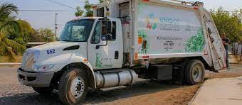 Camiones compactadores adquiridos en 2020 para eficientizar el servicio de limpia