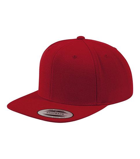 Röd/Röd Yupoong Classic Snapback keps med röd underskärm