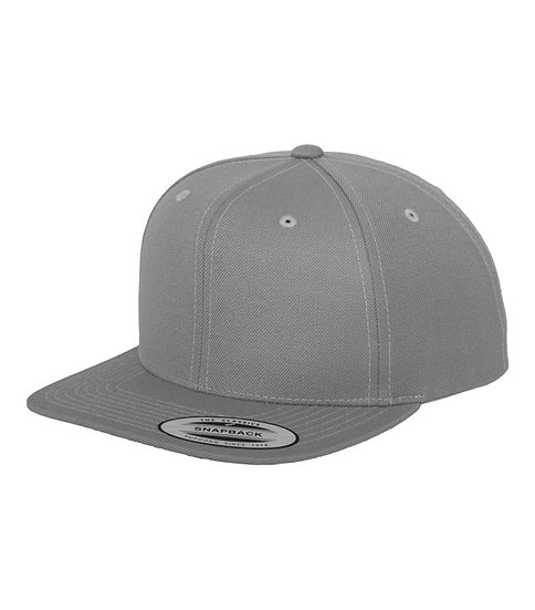 Silver Yupoong Classic Snapback keps