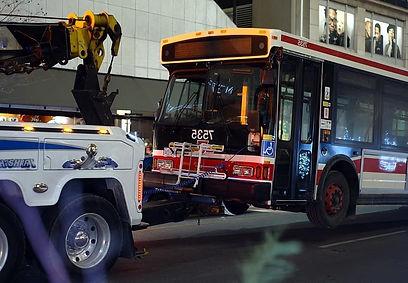 эвакуация автобуса в Москве.jpg