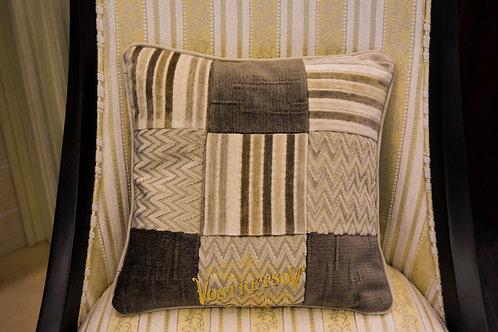"""Пэчворк"", декоративная подушка, цвет: Серый"