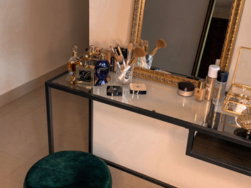 I want to show off my dressing table