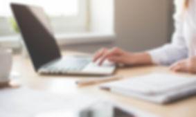 Badania prawne i pisanie