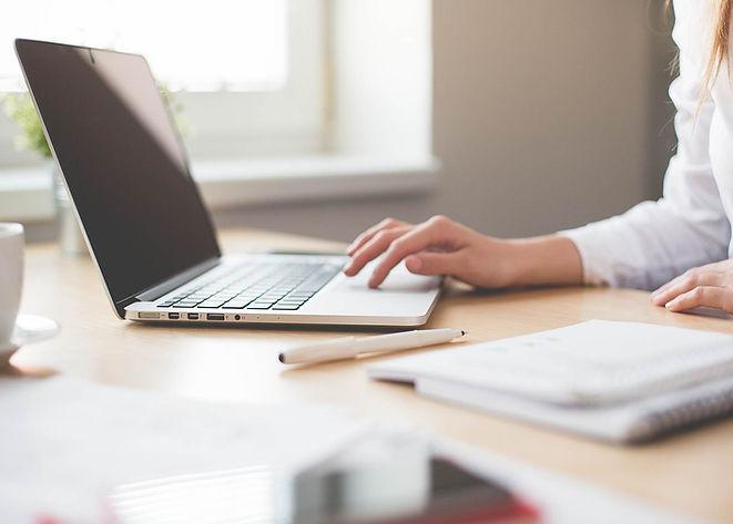 La recherche et de la rédaction