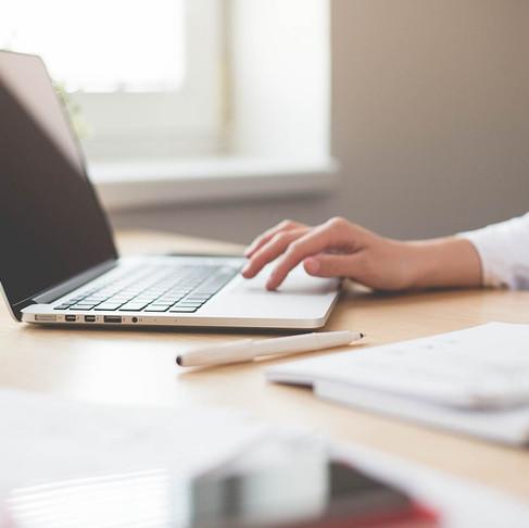 Cómo escribir tu tesis doctoral (6 testimonios de éxito)