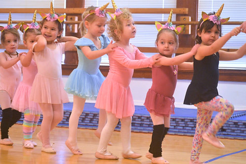 Tiny Steps Creative Movement/ Pre-Ballet 1 (.5 hr) Saturday's 9:00-9:30 am