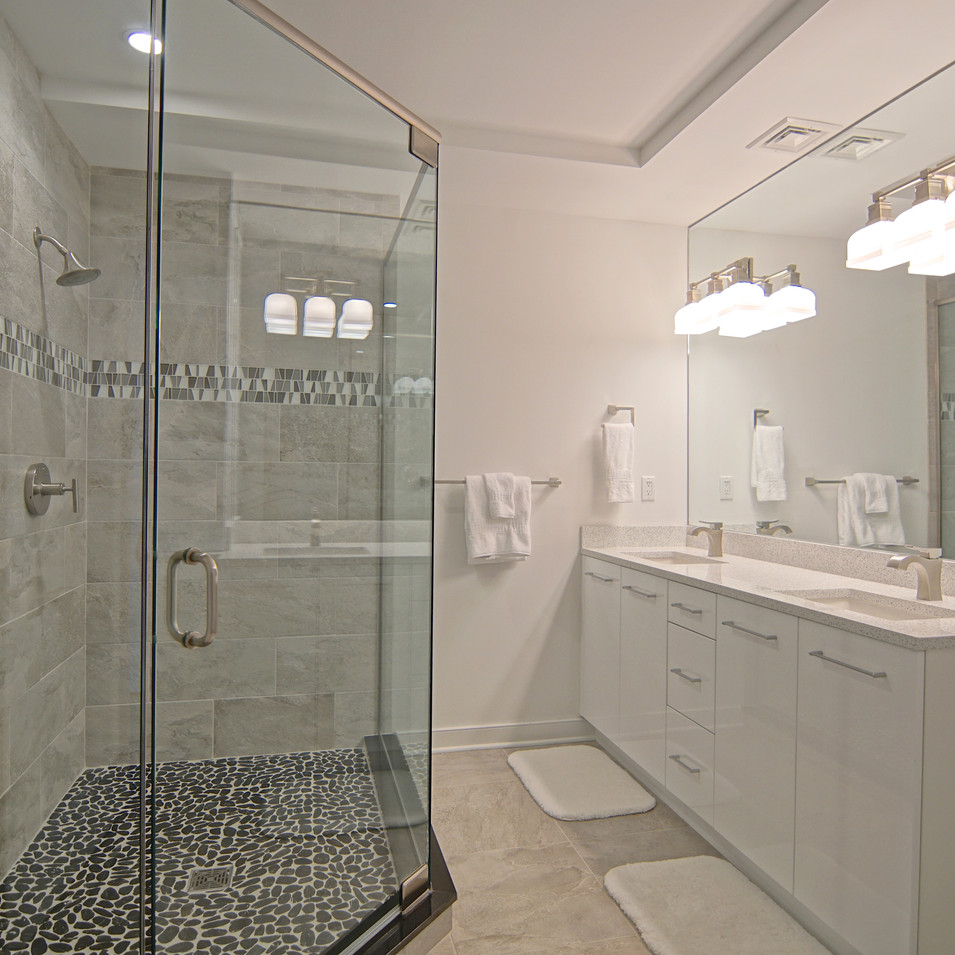 Dreamy White Bath