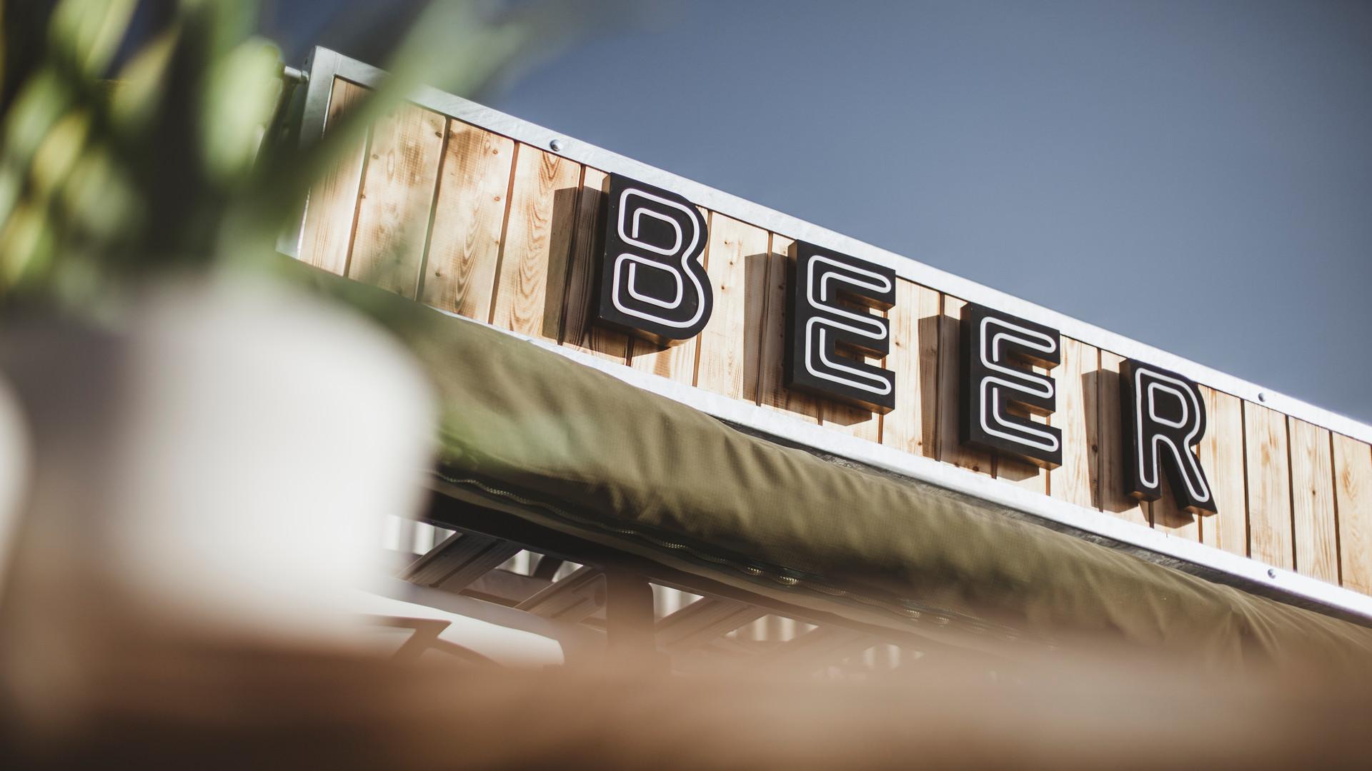 Beer Wagon (22).jpg