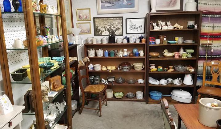 Vases, bowls, dishes, knick knacks