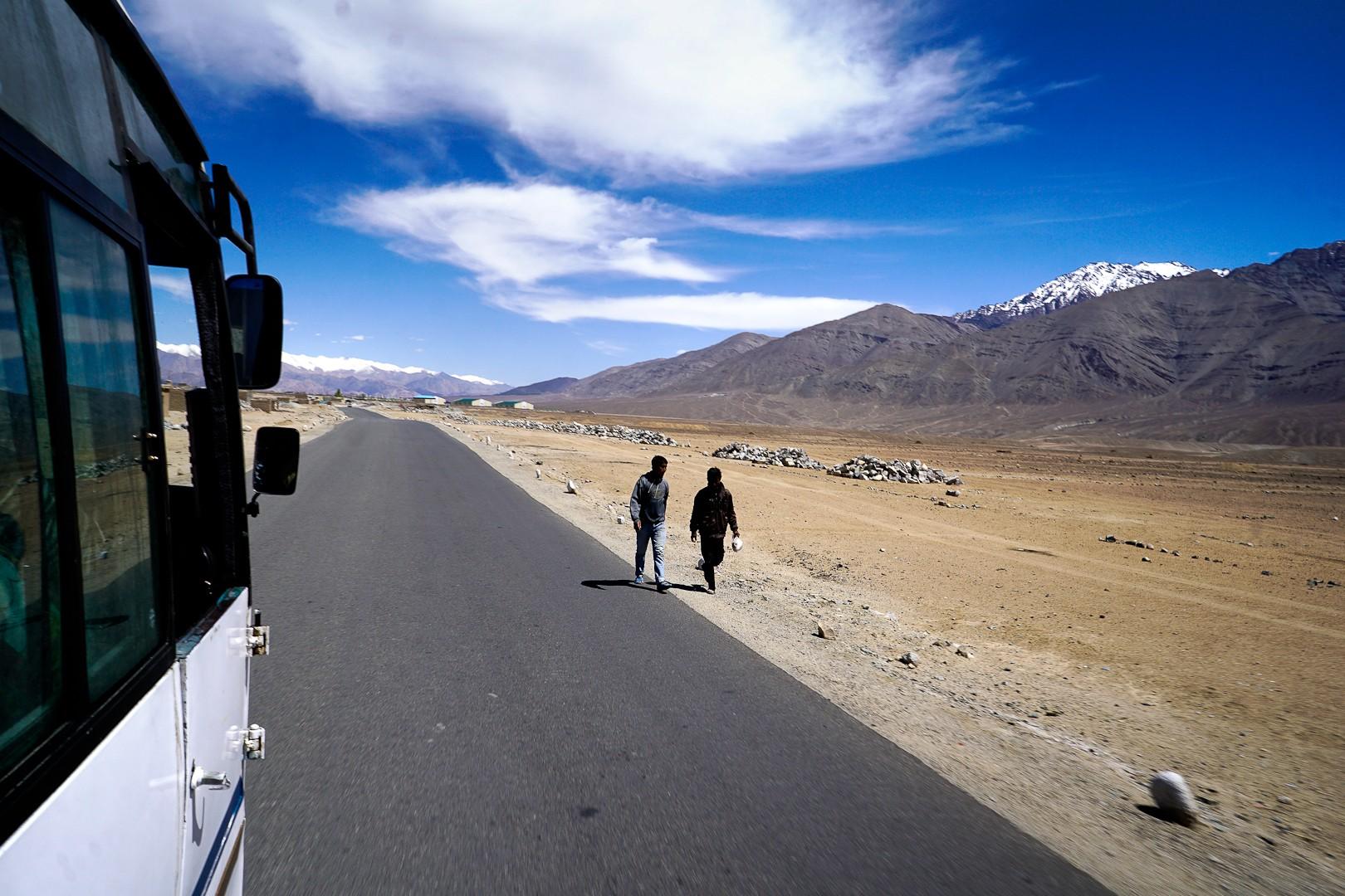 Ladakh. W drodze do Leh.