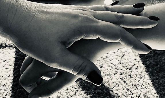 mains kiné.jpg