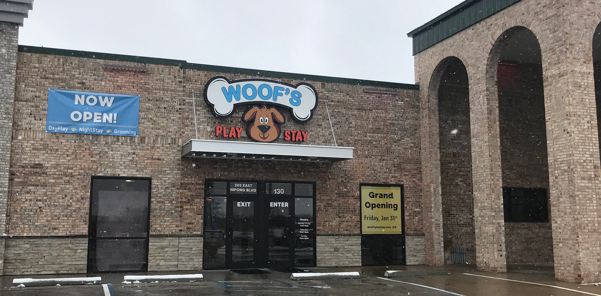 Woof's Columbia