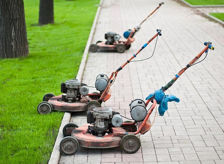 What You Should Know About Recycling Old Lawn Mowers