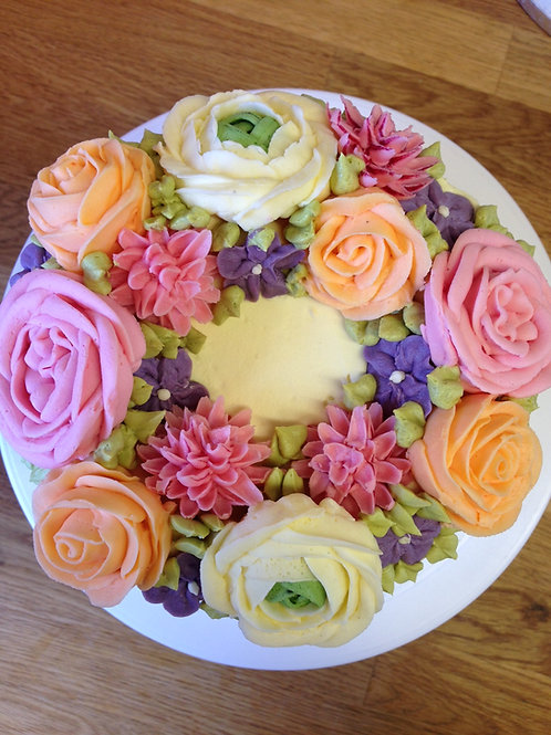 BUTTERCREAM FLOWERS LAYER CAKE