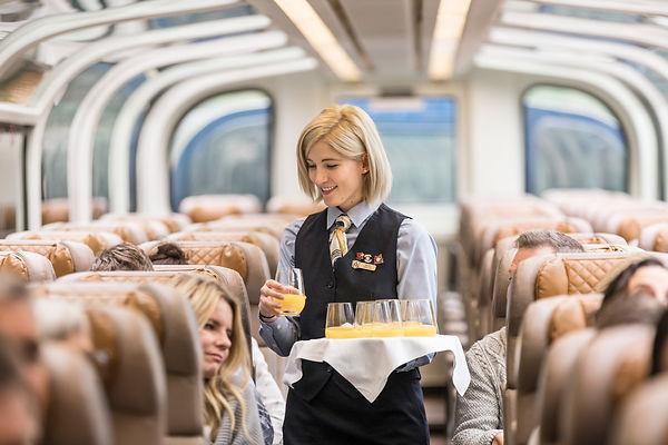 RM18_Onboard_GoldLeaf_Service_Host (1).j